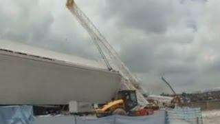 Deadly crane collapse at Brazil 2014 World Cup venue caught on camera