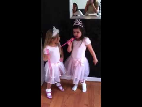 Singing - Follow Sophia Grace on twitter https://twitter.com/PrincessSGB https://instagram.com/therealsophiagrace.