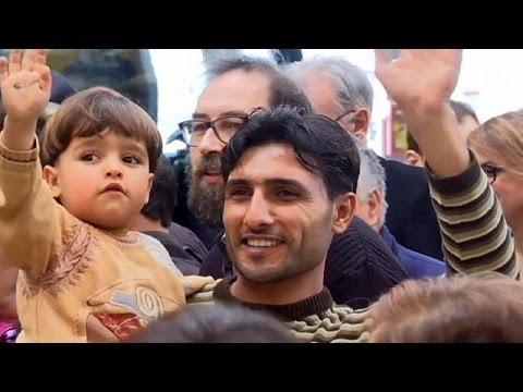 Ιταλία: Ο Ιταλός υπουργός εξωτερικών υποδέχθηκε 93 Σύρους πρόσφυγες στη Ρώμη