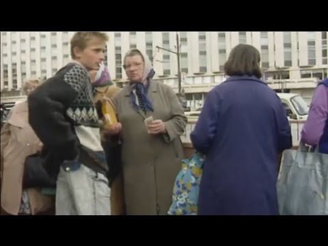 Экскурсия в 90- ые. Видеохроника улиц Москвы и Санкт- Петербурга 1991-1996г. (видео)