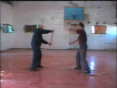 kilogulf59 - part 1 of Kapap short stick lesson tuaght to me in 2004 by Yehezkel Avneri. vetern instructor of this method devloped in 1940 by the lae Maishel Hurwitz. thi...