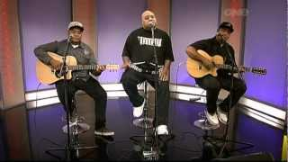 Fiji's Live Performance With Soul Brothers Adeaze On The