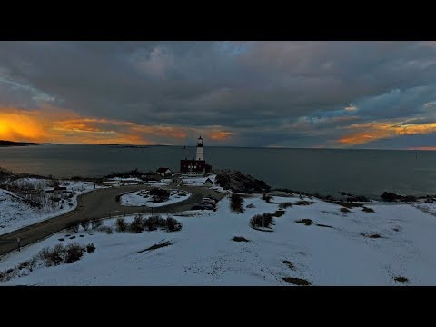 Driving Through Portland, Maine To Portland Head Lighthouse