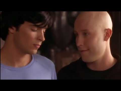 Clark Competes With Whitney for Lana's Heart    Smallville   S1; E1 2