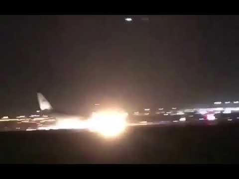 В аэропорту Саудовской Аравии экстренно сел Airbus A330-200,у которого не выпустилась передняя стойка шасси