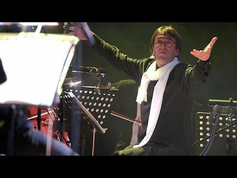 Φεστιβάλ Σότσι: Κλασική μουσική, χέβι μέταλ και…μαριονέτες