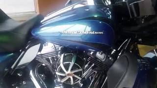 10. 2014 HARLEY-DAVIDSON Electra Glide Ultra Limited