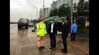 Phó Chủ tịch UBND thành phố Nguyễn Văn Thành kiểm tra chốt kiểm soát dịch covid -19 số 2, đầu cầu Đá Bạc - phường Phương Nam