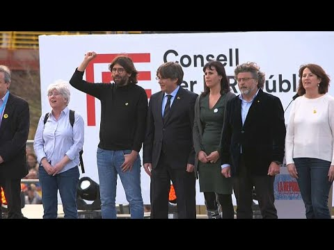 Spanien: Puigdemont spricht erstmals seit 2 Jahren vor Anhängern