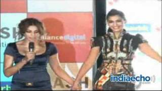 Sonam kapoor promotes Players at Inorbit Mall, Malad