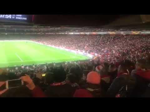Video - Ο security στο Emirates σοκαρίστηκε με τον αποκλεισμό της Άρσεναλ
