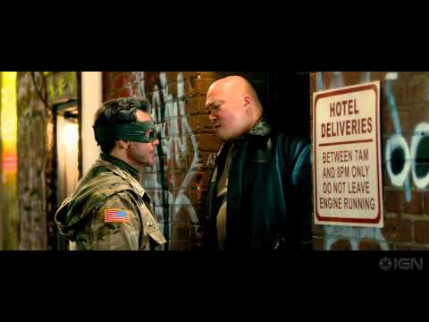 Kick-Ass 2 (Featurette 'A Look Inside')
