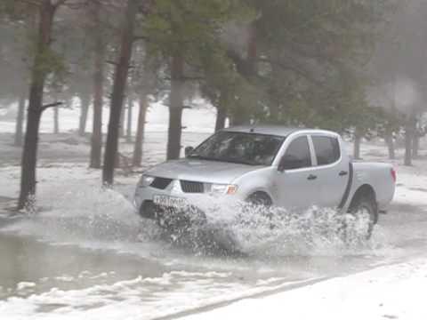 Mitsubishi l200 / off-road in deep snow