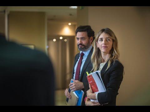 Cayetana Álvarez de Toledo atiende a los medios tr...