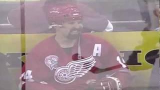 Bezczelna i agresywna laska uciszona przez gracza NHL!