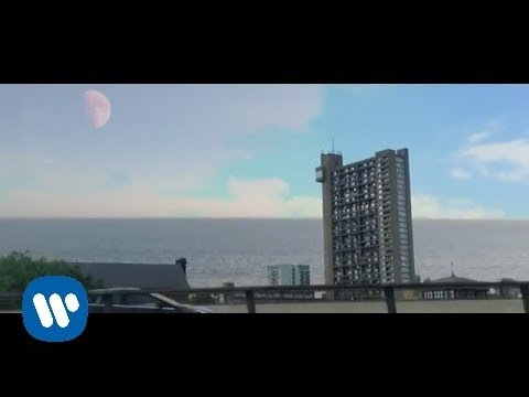 Damon Albarn – Heavy Seas Of Love