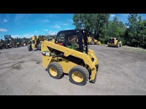 CATERPILLAR MINICARGADORAS 236D equipment video CCUgICem3tQ