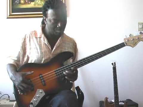 Squier Vintage Modified Jazz Bass fretless - Great guitars for under $200 bucks -