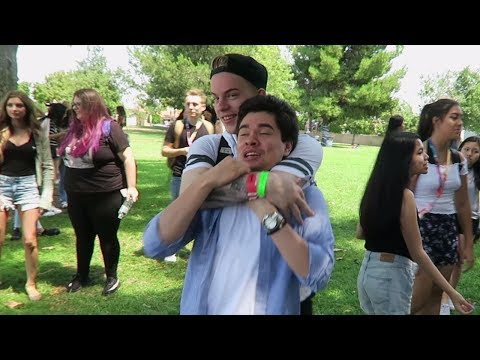 YOU WON'T BELIEVE WHAT HAPPENED AT VIDCON 2017!! (видео)