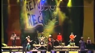 Do Dvd Gregory Isaacs - Live in Bahia Brazil - 2004 Leões de Israel Edu SattaJah - bass Maurício Bug Monkey - drum Thales Lion Farmer - lead guitar Solano ...