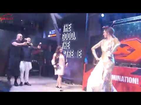 Video OMG!!! Deepika Padukone Doing Lungi Dance With Hollywood Star Vin Diesel download in MP3, 3GP, MP4, WEBM, AVI, FLV January 2017