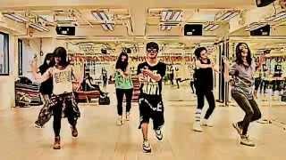 "Video ""Locked Away"" - R City ft. Adam Levine MP3, 3GP, MP4, WEBM, AVI, FLV November 2018"