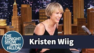 Video Kristen Wiig Gives Her Best Despicable Me Voice Acting Exertions MP3, 3GP, MP4, WEBM, AVI, FLV Maret 2018