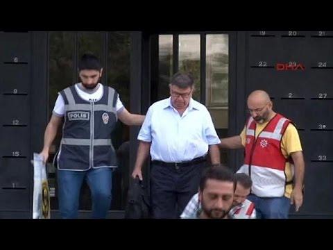 Τουρκία: Συνεχίζονται οι συλλήψεις δημοσιογράφων
