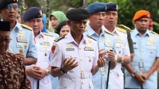 Video Ziarah Panglima TNI ke Makam Jendral Soedirman MP3, 3GP, MP4, WEBM, AVI, FLV Desember 2017