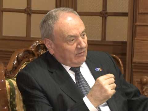 Președintele Nicolae Timofti a avut o întrevedere cu Crin Antonescu, președintele Senatului României