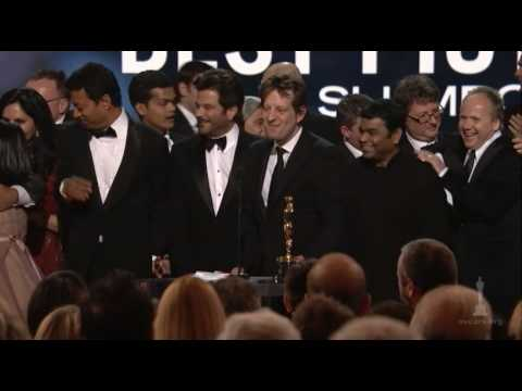 Slumdof Millionaire - Steven Spielberg presenting the Best Picture Oscar® for