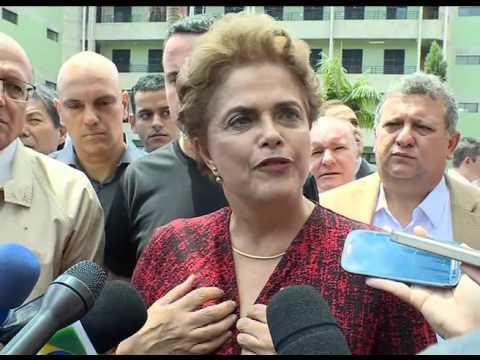 Dilma defende direito à livre manifestação