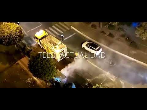 INCENDIO DE UN CONTENEDOR EN LA BARRANQUERA TELDE