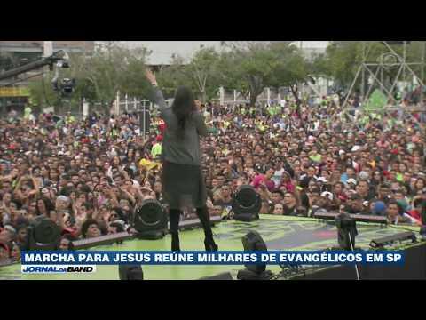 Marcha para Jesus reúne milhares de evangélicos em São Paulo