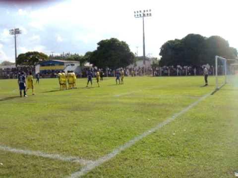 Gol de Falta Alex Vicentini - Uruaçu x Alto Horizonte