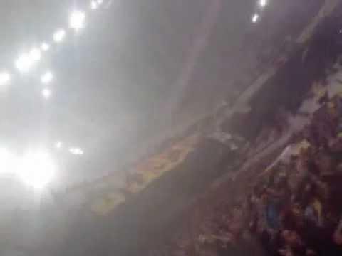 AEK GAY ros pousth kwstakh den ntrepesai ligaki einai poutana tou manwla h mana (видео)