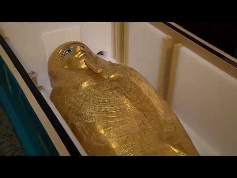 Stolen Egyptian coffin, once on display in NYC, returned to Egypt