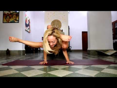 Advanced Yoga Demo with Kino in India video