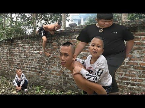 Lẩu Rắm - Anh Em Tam Mao  Ăn Lẩu Trước Cửa Nhà Thằng Béo Và Cái Kết - Thời lượng: 23:30.