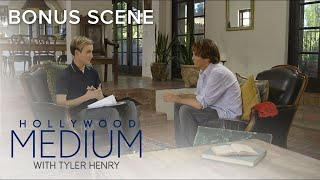 Video Tyler Henry Connects to Anna Nicole Smith's Son | Hollywood Medium with Tyler Henry | E! MP3, 3GP, MP4, WEBM, AVI, FLV September 2018