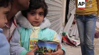 (15 Apr 2016) FOR CLEAN VERSION SEE STORY NUMBER: 4031810 Residents from the war-torn city of Palmyra in Syria returned home on Friday to salvage ...