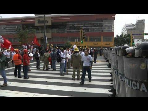 Συγκρούσεις στις διαδηλώσεις μεταλλωρύχων στο Περού