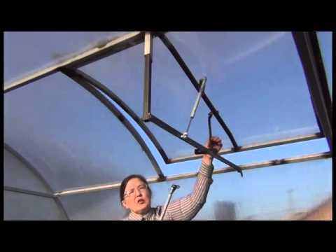 Как сделать термопривод в теплице: наглядный пример