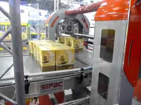 90� Rotomaster Case Palletizer