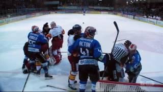 Video Schlägerei Schwenninger Wild Wings - Düsseldorfer EG MP3, 3GP, MP4, WEBM, AVI, FLV Oktober 2018