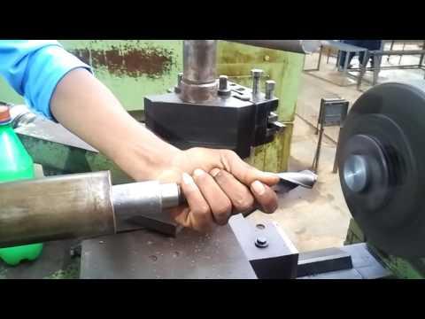 Drilling opration lathe Machine Create by Govt ITI chhindwara
