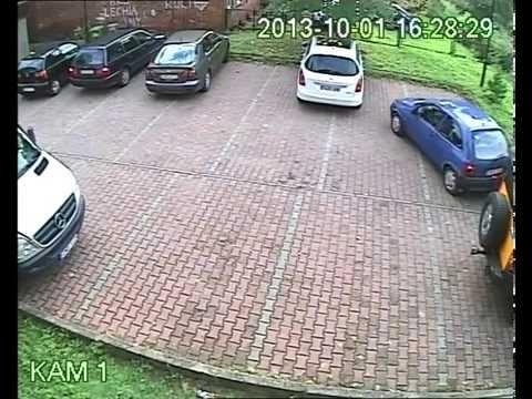 Maniobra de salida del aparcamiento