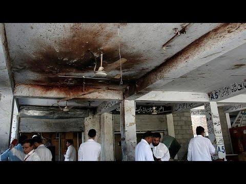 Νεκροί και τραυματίες από επιθέσεις αυτοκτονίας στο Πακιστάν