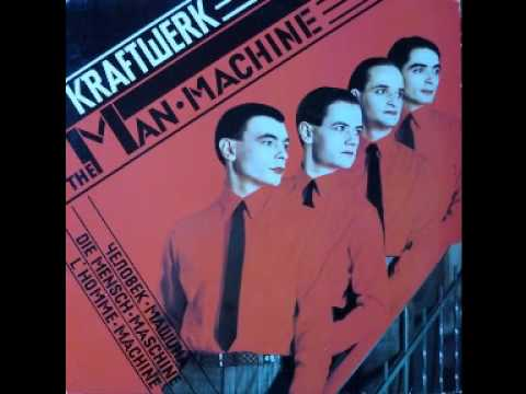 Kraftwork - Produced by Ralf Hunter & Florian Schneider Recorded at KLINGKLANG STUDIO Dusseldorf 1978 Capitol Records/ Emi. http://www.discogs.com/Kraftwerk-The-Man-Mach...