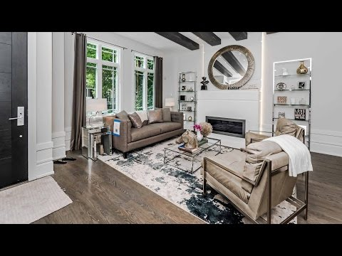 Open Sunday – A new Noah Properties home on a tree-lined Lakeview block